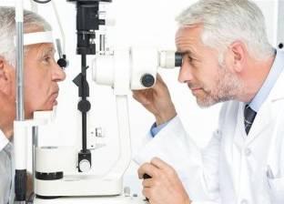 """""""العيادة"""" تجيب: """"هل يمكن إجراء عملية المياه البيضاء بالعين لمرضى السكري؟"""""""