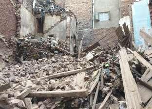 انهيار منزلين في المنيا وملوي ومصرع فلاح ونجاة زوجته