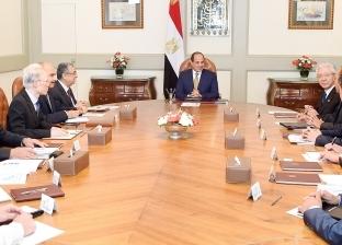 الرئاسة: السيسي اجتمع بالمستثمرين للاستفادة من الخبرات بالداخل والخارج