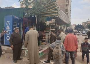 """بالصور  """"أمن الغربية"""" تشن حملات لإزالة الإشغالات في شوارع طنطا"""
