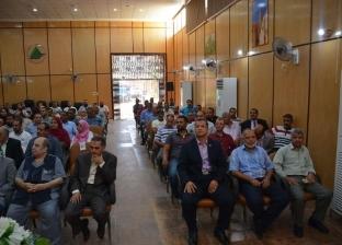 محافظ الوادي الجديد يطالب المهندسين بإنشاء شركات للطاقة الشمسية