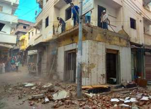 تنفيذ قرارات إخلاء 4 عقارات آيلة للسقوط في إدكو بالبحيرة