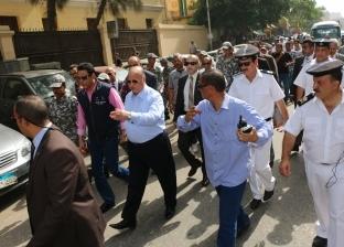 بالصور| محافظ القاهرة يقود حملة مكبرة لإزالة الإشغالات بالسيدة زينب