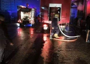 السيطرة على حريق نشب في شركة نقل بضائع بالسيدة زينب