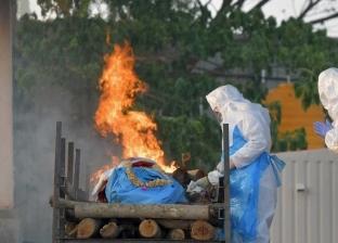 10 صور توثق «آلام الهند».. كورونا يحصد الأرواح وحرق الجثث في كل مكان