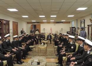 مدير أمن الاسكندرية يستقبل طلبة الكلية البحرية للتهنئة بعيد الشرطة