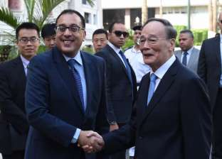 رئيس الوزراء: نتطلع إلى زيادة معدلات السياحة الصينية لمصر