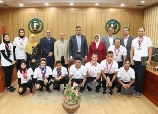 """سكرتير عام المحافظة يكرم المتفوقين رياضيا من """"أبطال الأولمبياد الخاص"""""""