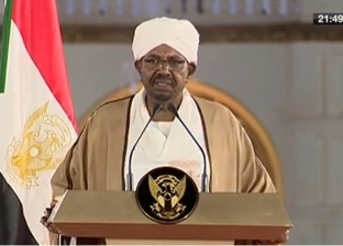 النيابة العامة في السودان توجه للبشير تهم بالفساد وغسل الأموال