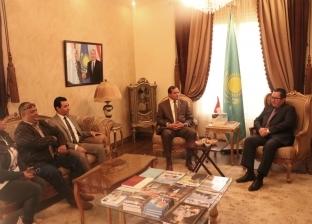 رئيس جامعة سوهاج وسفير كازاخستان يبحثان سبل التعاون في مجال التعليم