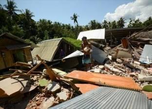 انهيار مبان إثر زلزال عنيف بقوة 7.5 درجة في وسط أندونيسيا