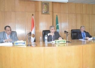 محافظ المنيا يطالب بالإسراع في إنهاء المخططات التفصيلية والاستراتيجية