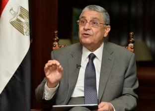 """""""السويدي"""": مشروعات الربط الكهربائي ستحول مصر لمركز إقليمى للطاقة"""