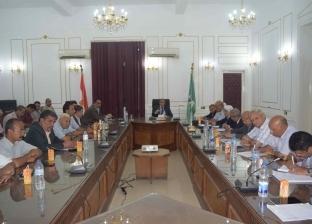 """محافظ المنيا لرؤساء المدن ومديري الإدارات: """"أدوا عملكم بضمير"""""""