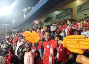 بالصور.. 10 آلاف طالب في مباراة منتخب مصر الأولمبي أمام الكاميرون