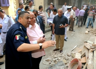 محافظ القاهرة يوجه بمعاينة المنازل المجاورة لعقار شبرا المنهار