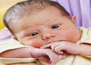 """أستاذ جراحة عيون: """"الحول"""" لدى الرضع حتى عمر 3 أشهر """"طبيعي"""""""