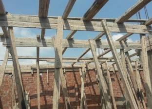مصادرة أخشاب ووقف بناء مخالف على 500 متر بمركز المنصورة