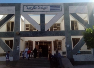 انطلاق قافلة جامعات الزقازيق والأزهر وقناة السويس بمستشفى الطور العام