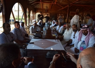 اجتماع لحل مشكلات الصيادين في نويبع وطابا