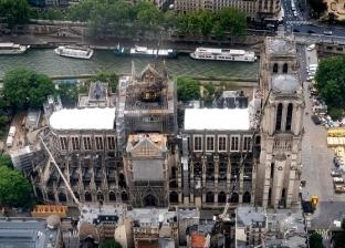 10 لقطات من كاتدرائية نوتردام قبل أول قداس بعد احتراقها