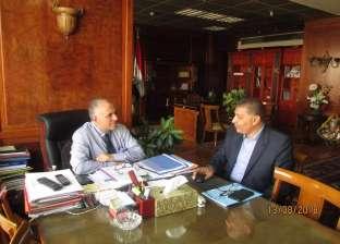 وزير الري يناقش جهود إزالة التعديات على النيل