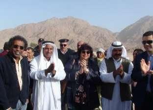 وزيرة الثقافة توجه بانتقال القوافل الثقافية إلى الصعيد وشمال سيناء