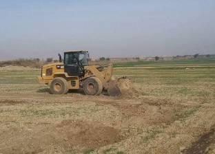 إزالة 31 حالة تعد على الأراضي الزراعية وأملاك الدولة بقنا