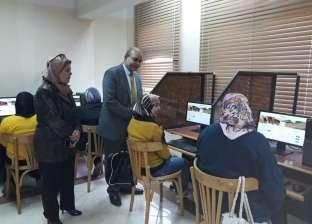 """""""باهي"""" يتابع اختبارات المعلمين لمسابقة """"العقود المؤقتة"""" ببورسعيد"""