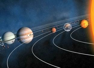 القمر الوردي والحشد النجمي.. 6 أحداث فلكية تزين السماء في أبريل