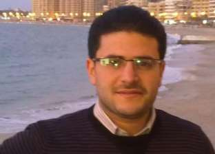 """""""أسرة المعزول"""" تصل طرة لحضور الحكم على نجله في """"اعتصام رابعة"""""""