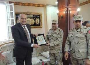 """وفد من القوات المسلحة يهنئ مدير أمن الشرقية بـ""""عيد الشرطة"""""""