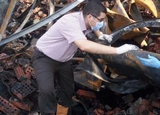 خبراء الأدلة الجنائية يفحصون أسباب حريق مخزن كاوتش شبين الكوم