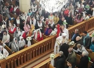 بالصور| الأنبا بولا يترأس قداس عيد الميلاد في كنيسة مارجرجس بطنطا