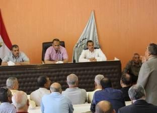 بالصور| رئيس دسوق يطالب بالاستجابة لمشاكل المواطنين وحل انقطاع المياه