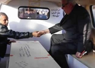 وصول جثمان إبراهيم نافع إلى مقابر العائلة بأكتوبر