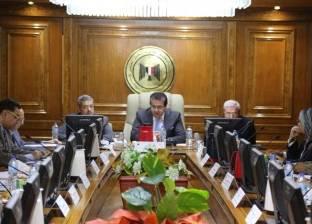 وزير التعليم الأسبق يستعرض دراسة لتطوير المراكز والهيئات البحثية