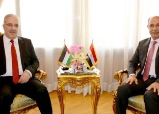 وزير الطيران المدني يلتقي وزير النقل والسفير الفلسطينيين