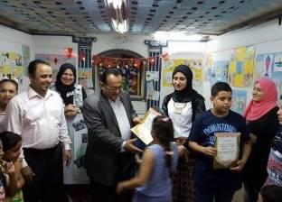"""مدير """"ثقافة الغربية"""" يفتتح معرض رسوم الأطفال بقصر المحلة"""