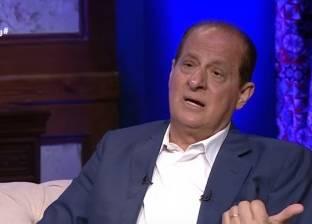 """هاني مهنا: عبد الحليم يطلب من وردة الجزائرية """"تعمل شفط"""""""