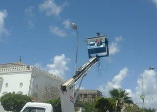 """بكري يتابع أعمال النظافة وصيانة أعمدة الكهرباء بـ""""مناخ"""" بورسعيد"""