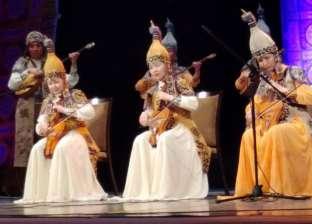 """كازخستان توزع هدايا على الجمهور و""""الحضرة"""" تختتم ليالي رمضان بدمنهور"""