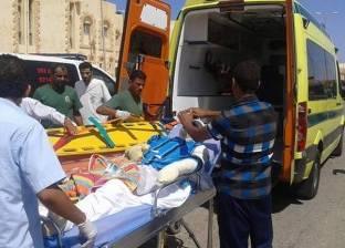 منفذ السلوم يستقبل 3 جثامين و4 مصابين مصريين في حادث سير بليبيا