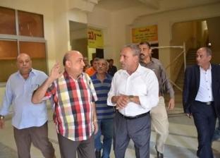 بالصور| محافظ الإسماعيلية يتفقد أعمال صيانة مبنى المحافظة القديم