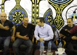 خالد الجندي يلقي خطبة عن الموت في عزاء شقيق حسام وإبراهيم حسن