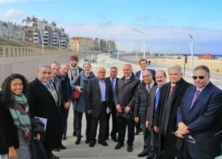 وزير الري يطلع على تجربة هولندا في حماية شواطئ «لاهاي»