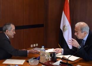 رئيس الوزراء يتابع مشروع المثلث الذهبي مع وزير الصناعة