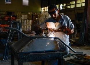 السيطرة على حريق شب بمصنع أخشاب في دمياط