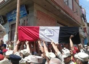 """بالصور  جنازة عسكرية لـ""""الجعفري"""" شهيد جبل الحلال في بلدته بالغربية"""