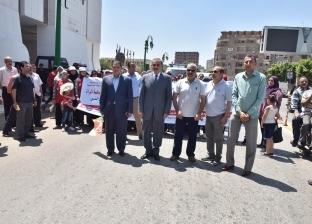 """محافظ أسيوط يشارك في مهرجان """"المشي والدراجات"""" احتفالا بـ30 يونيو"""